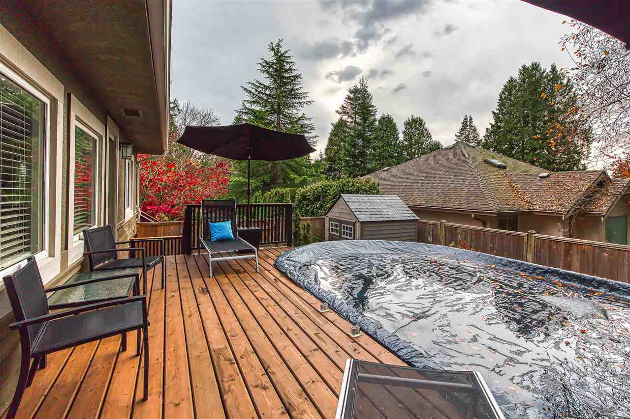 "Photo 9: Photos: 12719 15A Avenue in Surrey: Crescent Bch Ocean Pk. House for sale in ""Ocean Park Village"" (South Surrey White Rock)  : MLS®# R2420265"