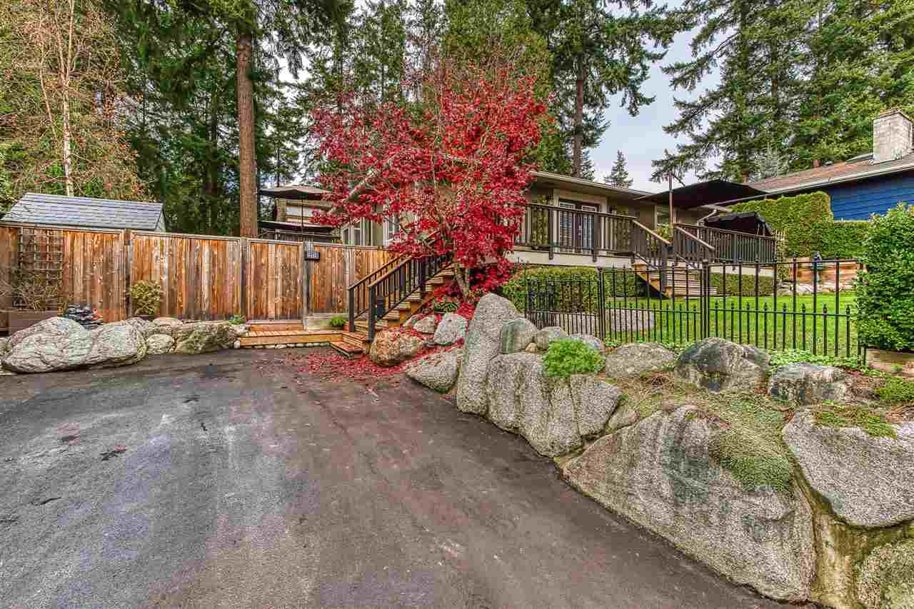 "Photo 3: Photos: 12719 15A Avenue in Surrey: Crescent Bch Ocean Pk. House for sale in ""Ocean Park Village"" (South Surrey White Rock)  : MLS®# R2420265"