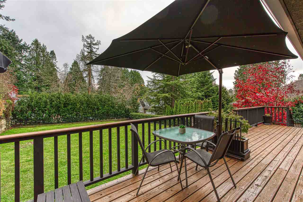 "Photo 6: Photos: 12719 15A Avenue in Surrey: Crescent Bch Ocean Pk. House for sale in ""Ocean Park Village"" (South Surrey White Rock)  : MLS®# R2420265"
