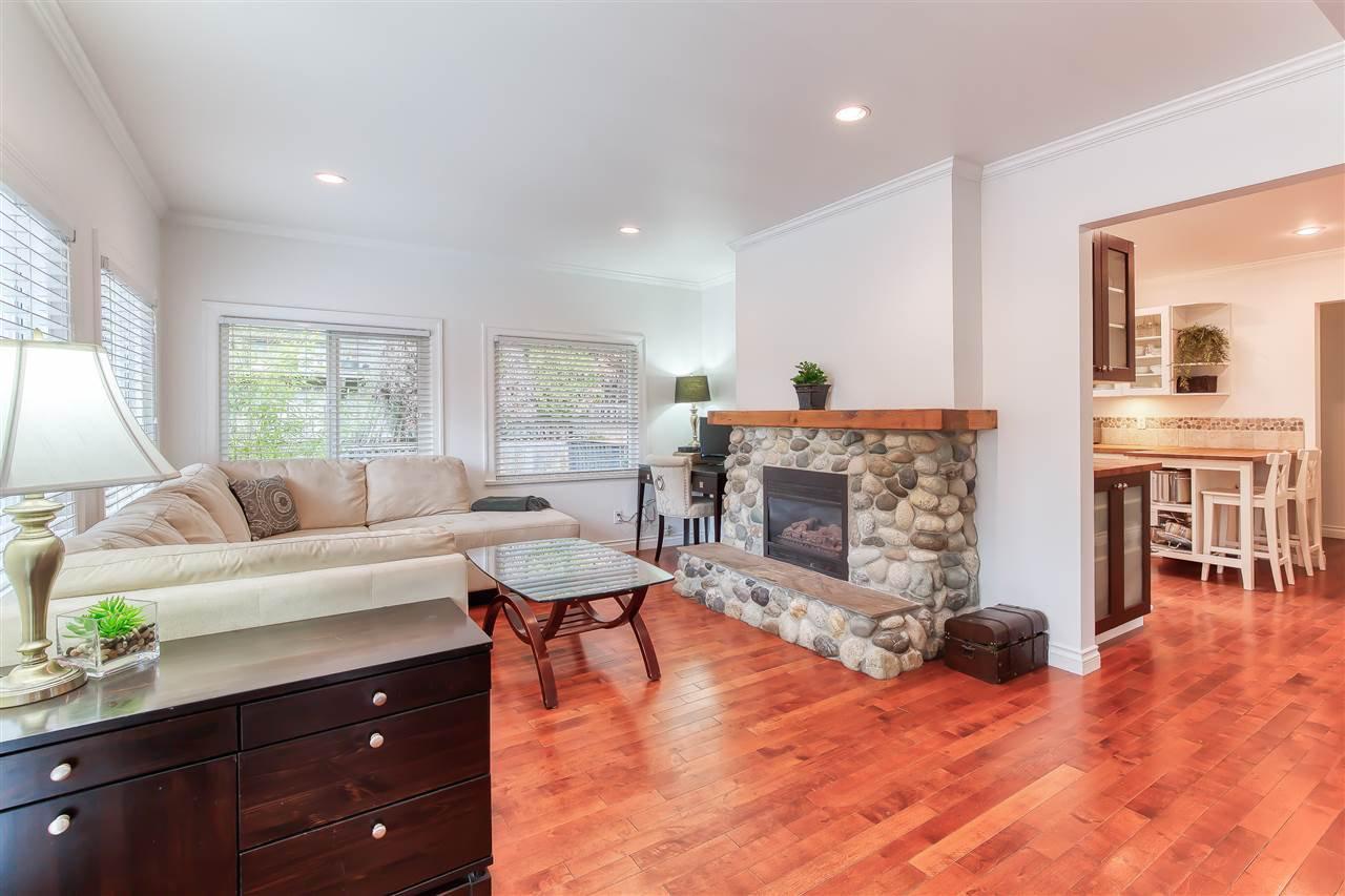 "Photo 12: Photos: 12719 15A Avenue in Surrey: Crescent Bch Ocean Pk. House for sale in ""Ocean Park Village"" (South Surrey White Rock)  : MLS®# R2420265"