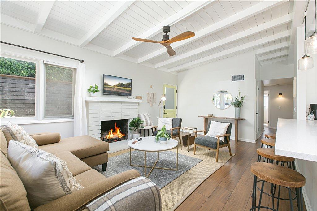 Main Photo: LA JOLLA House for rent : 3 bedrooms : 759 Bellevue Pl