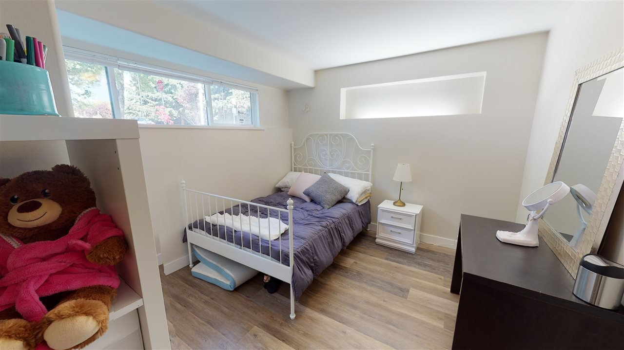 Photo 6: Photos: 1290 E 48TH Avenue in Vancouver: South Vancouver House for sale (Vancouver East)  : MLS®# R2477827