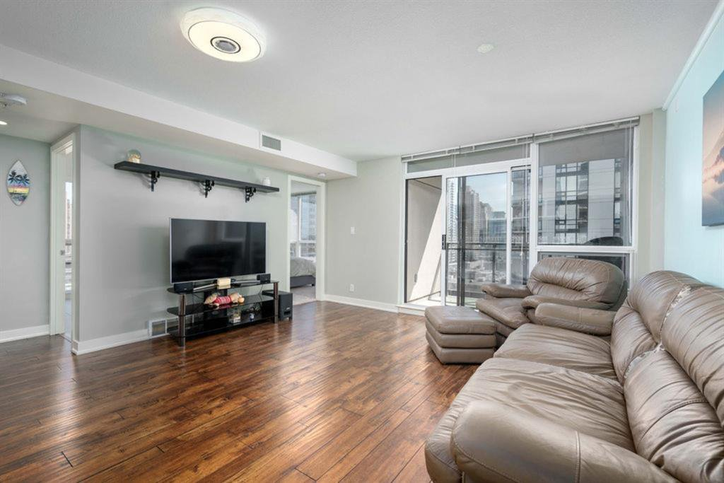 Main Photo: 1208 1110 11 Street in Calgary: Beltline Apartment for sale : MLS®# A1033649