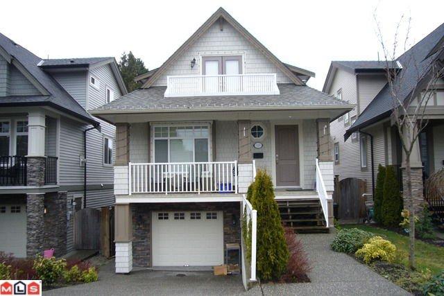 Main Photo: 15557 THRIFT AV in White Rock: House for sale : MLS®# F1206592