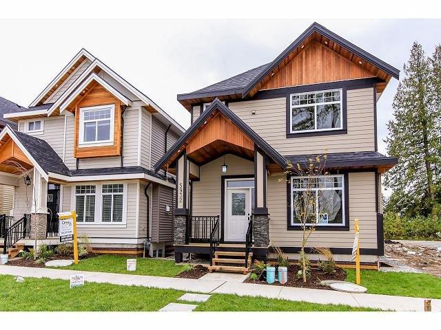 Main Photo: 5932 130B ST in Surrey: Panorama Ridge House for sale : MLS®# F1426978