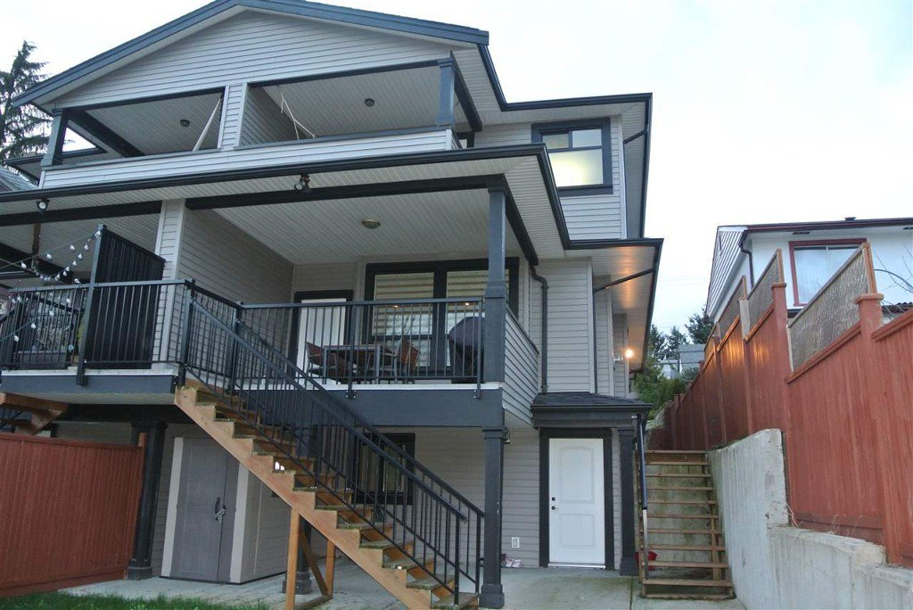 Photo 6: Photos: 1512 sixth Avenue in New Westminster: Uptown NW Duplex for sale : MLS®# r2047778