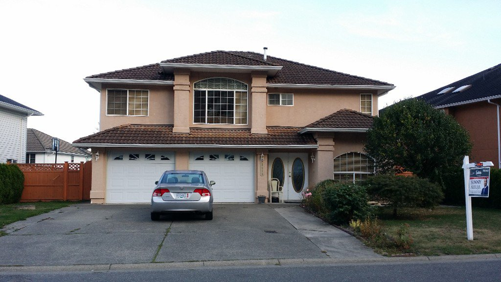 Main Photo: Upper 3518 Galiano Drive in Abbotsford: Abbotsford West House for rent