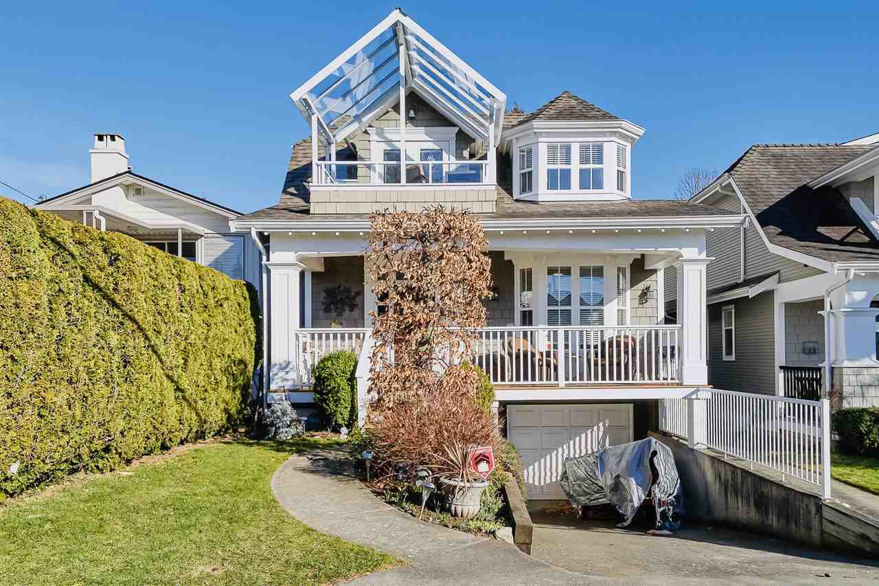 Main Photo: 976 STEVENS STREET: White Rock House for sale (South Surrey White Rock)  : MLS®# R2344720