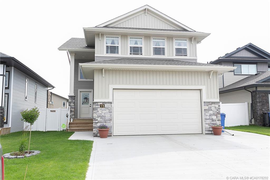 Main Photo: 35 Tory Close in Red Deer: Timber Ridge Residential for sale : MLS®# CA0178292