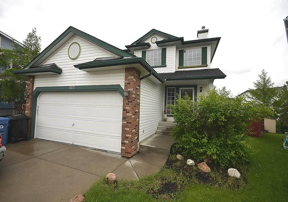 Main Photo: 357 DOUGLAS GLEN Heath SE in Calgary: Douglasdale/Glen Detached for sale : MLS®# C4305319
