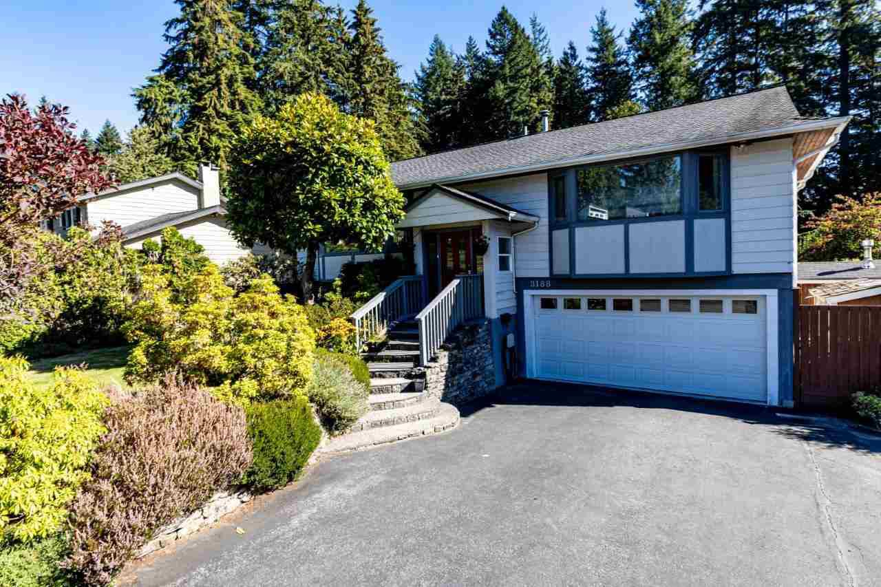Main Photo: 3188 Robinson Road in North Vancouver: Lynn Valley House for sale : MLS®# R2496486