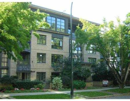Main Photo: 303-2226 W12 Ave: Condo for sale (Kitsilano)  : MLS®# V614249