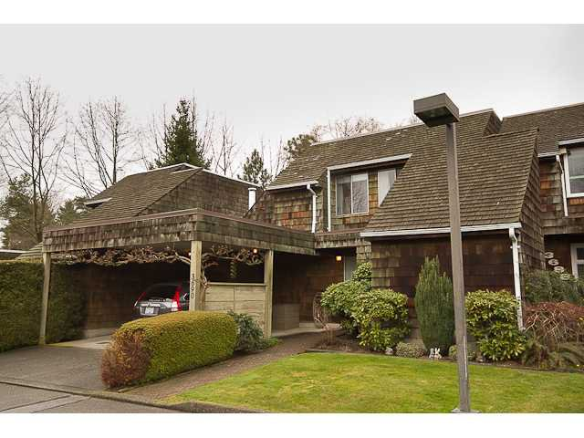 Main Photo: 3690 BORHAM in Vancouver: Champlain Heights Townhouse for sale (Vancouver East)  : MLS®# V940158