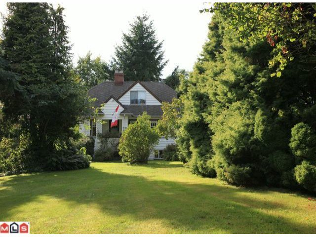 Photo 3: Photos: 1733 168TH Street in Surrey: Pacific Douglas House for sale (South Surrey White Rock)  : MLS®# F1223836