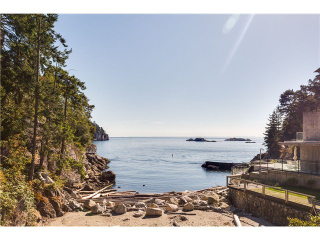 Main Photo: 5360 Seaside Pl in West Vancouver: Caulfeild House for sale : MLS®# V1124308