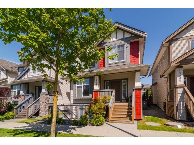 Main Photo: 19091 68th ave in Surrey: House for sale : MLS®# F1440614