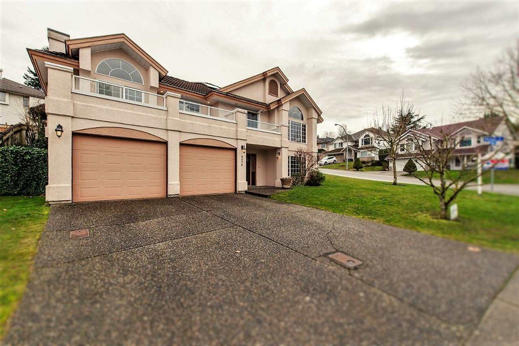 Main Photo: 3572 Picton St. in Abbotsford: Abbotsford East House for rent