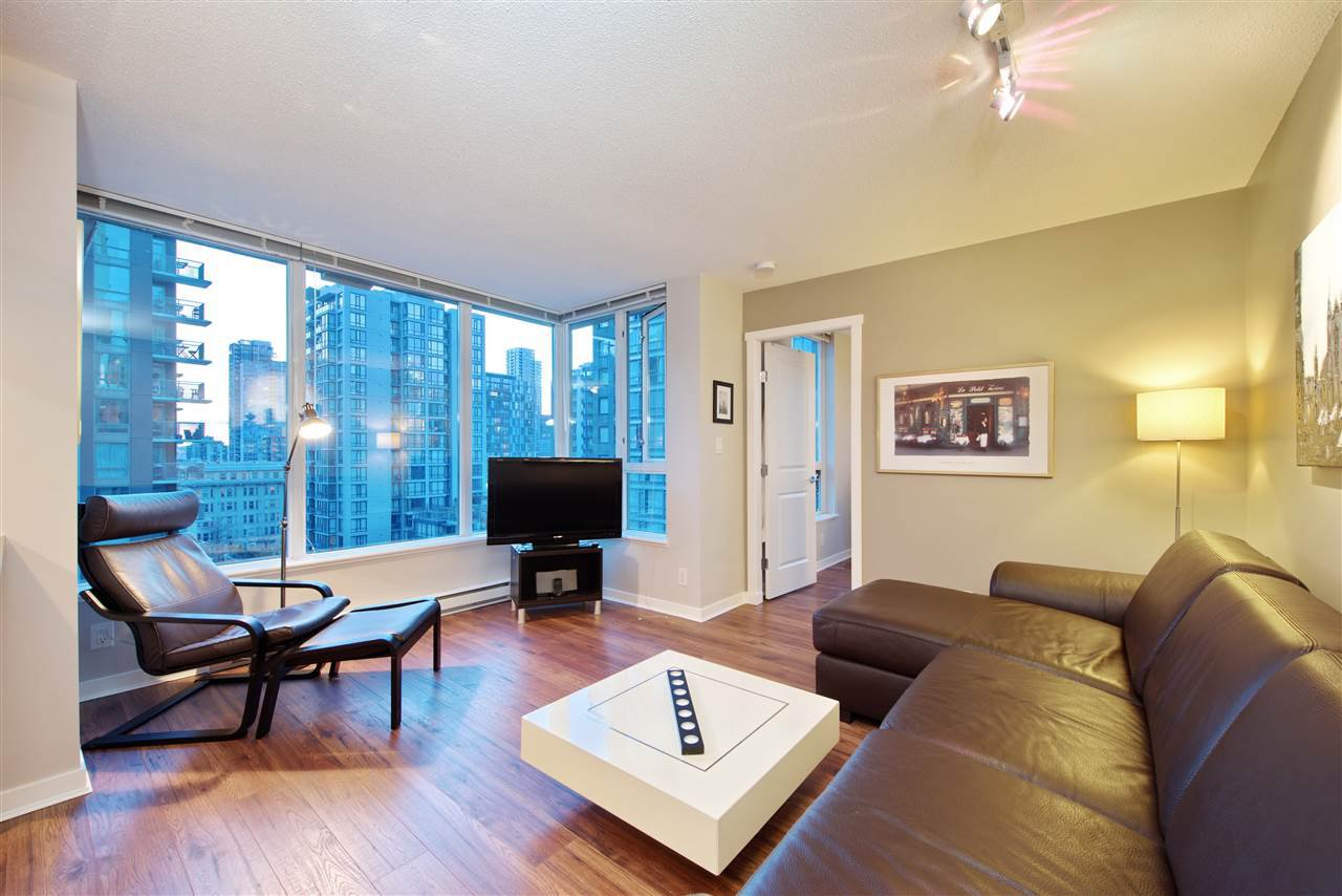 """Main Photo: 1008 1001 RICHARDS Street in Vancouver: Downtown VW Condo for sale in """"THE MIRO"""" (Vancouver West)  : MLS®# R2394358"""