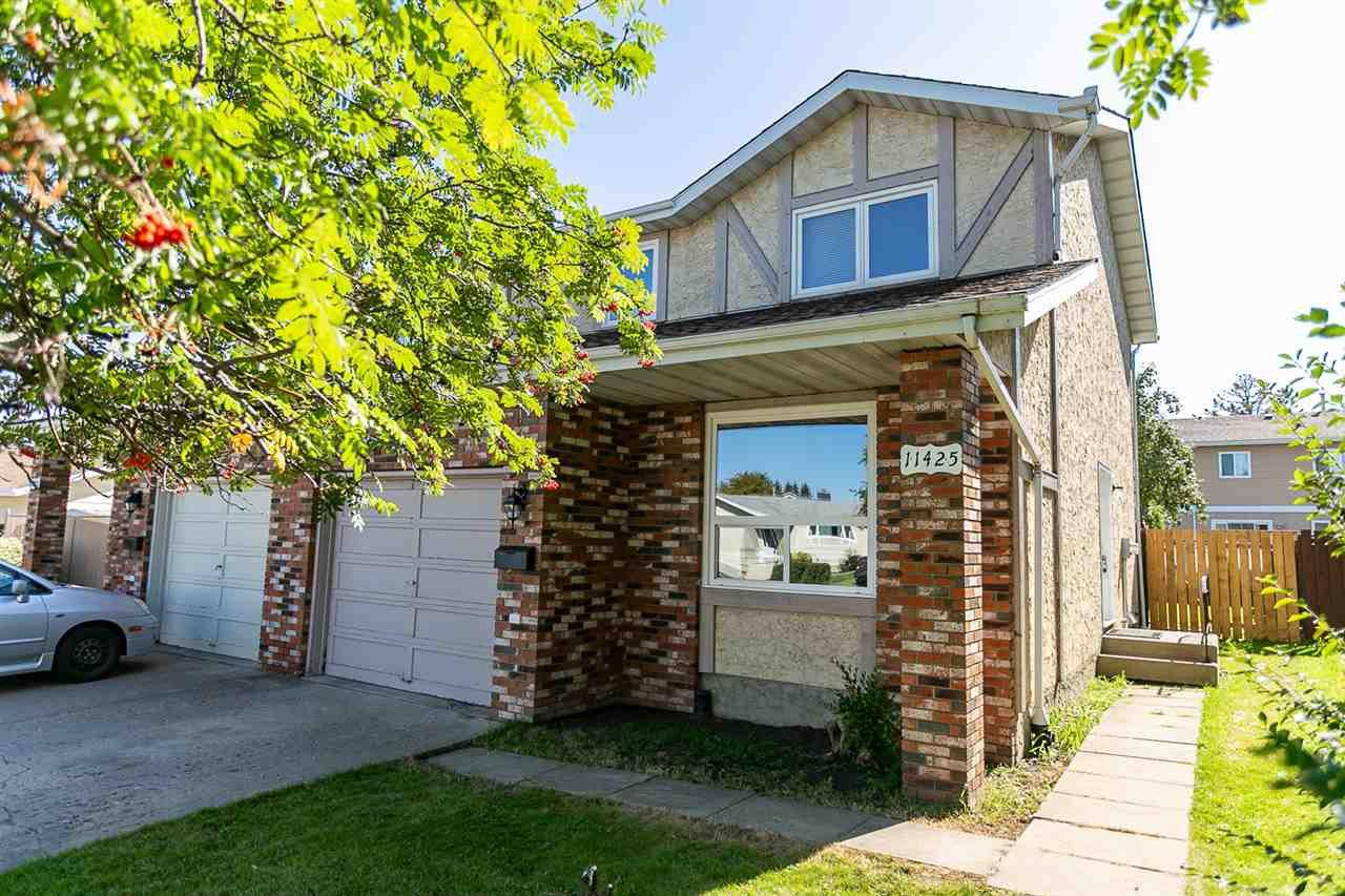 Main Photo: 11425 165 Avenue in Edmonton: Zone 27 House Half Duplex for sale : MLS®# E4172266