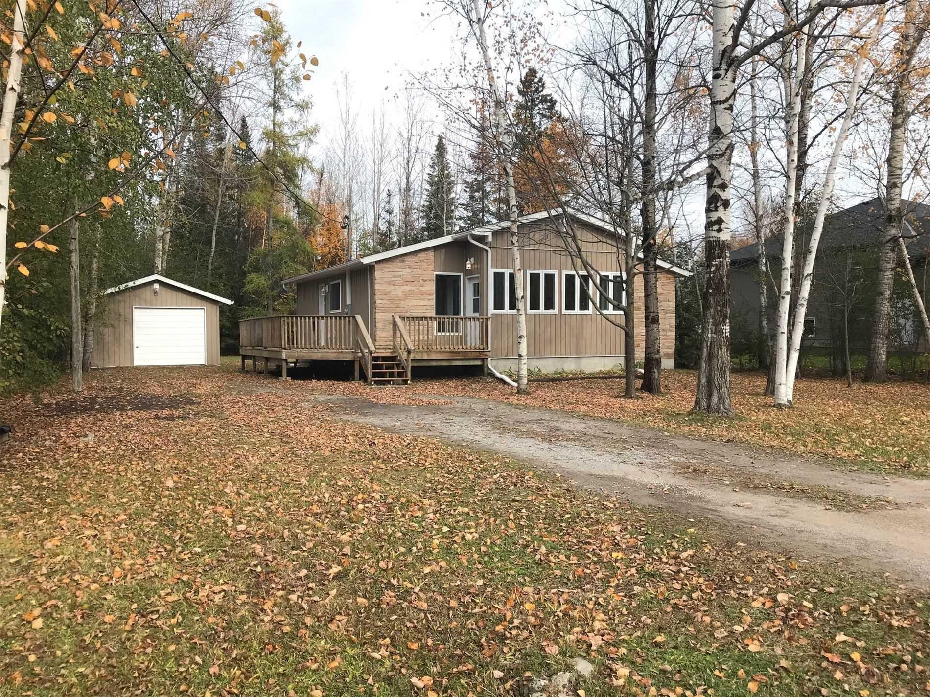 Main Photo: 7 Pinewood Boulevard in Kawartha Lakes: Rural Eldon House (Bungalow) for sale : MLS®# X4625351