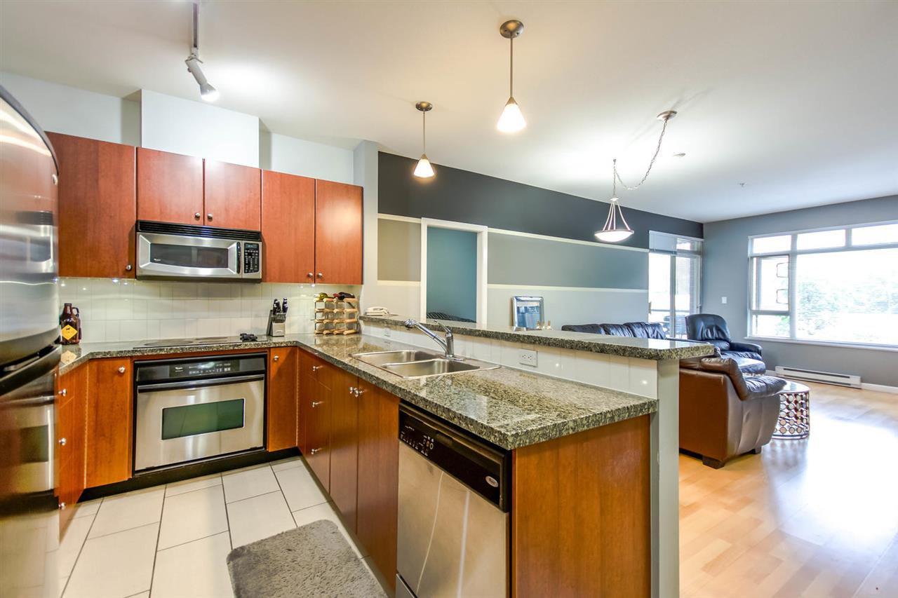 Main Photo: 204 100 CAPILANO ROAD in : Port Moody Centre Condo for sale : MLS®# R2089574