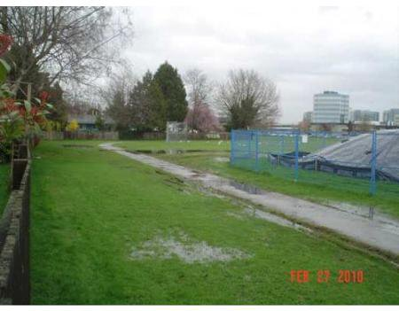 Photo 10: Photos: 6200 SKAHA CR in Richmond: Home for sale : MLS®# V814944