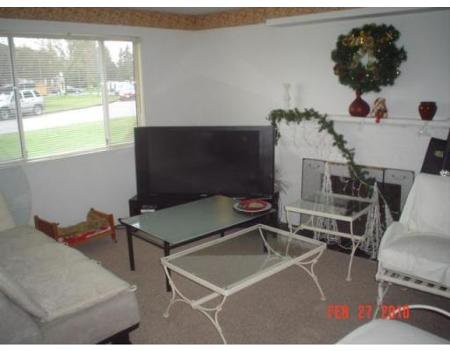 Photo 4: Photos: 6200 SKAHA CR in Richmond: Home for sale : MLS®# V814944
