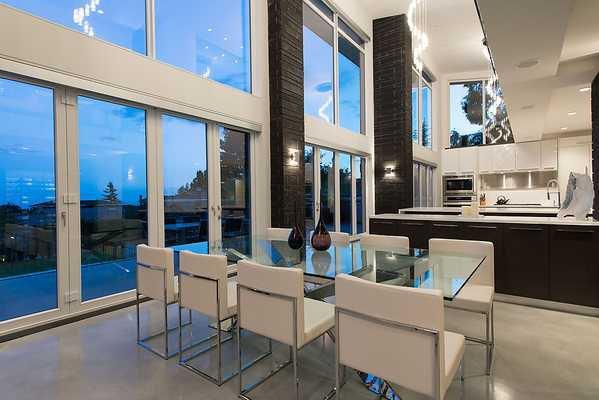 "Photo 4: Photos: 4216 ROCKRIDGE Crescent in West Vancouver: Rockridge House for sale in ""ROCKRIDGE ESTATES"" : MLS®# V1011896"