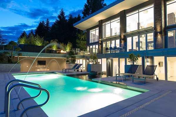 "Photo 16: Photos: 4216 ROCKRIDGE Crescent in West Vancouver: Rockridge House for sale in ""ROCKRIDGE ESTATES"" : MLS®# V1011896"