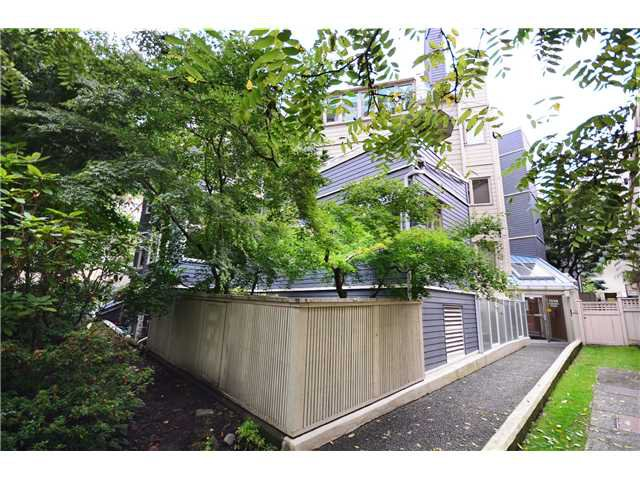 "Main Photo: 2 1238 CARDERO Street in Vancouver: West End VW Condo for sale in ""Cardero Court"" (Vancouver West)  : MLS®# V1027808"