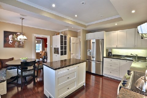 Photo 13: Photos: 8 Highland Crest in Toronto: Rosedale-Moore Park House (3-Storey) for sale (Toronto C09)  : MLS®# C2969716