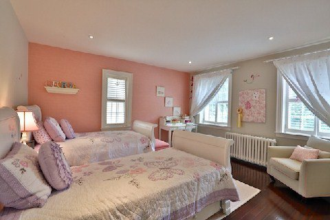 Photo 3: Photos: 8 Highland Crest in Toronto: Rosedale-Moore Park House (3-Storey) for sale (Toronto C09)  : MLS®# C2969716