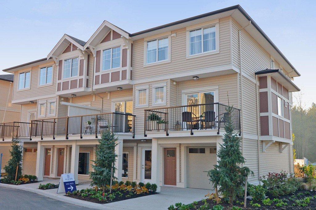 Main Photo: 61-10151 240TH street in Maple ridge: Townhouse for sale (Maple Ridge)  : MLS®# V1089216
