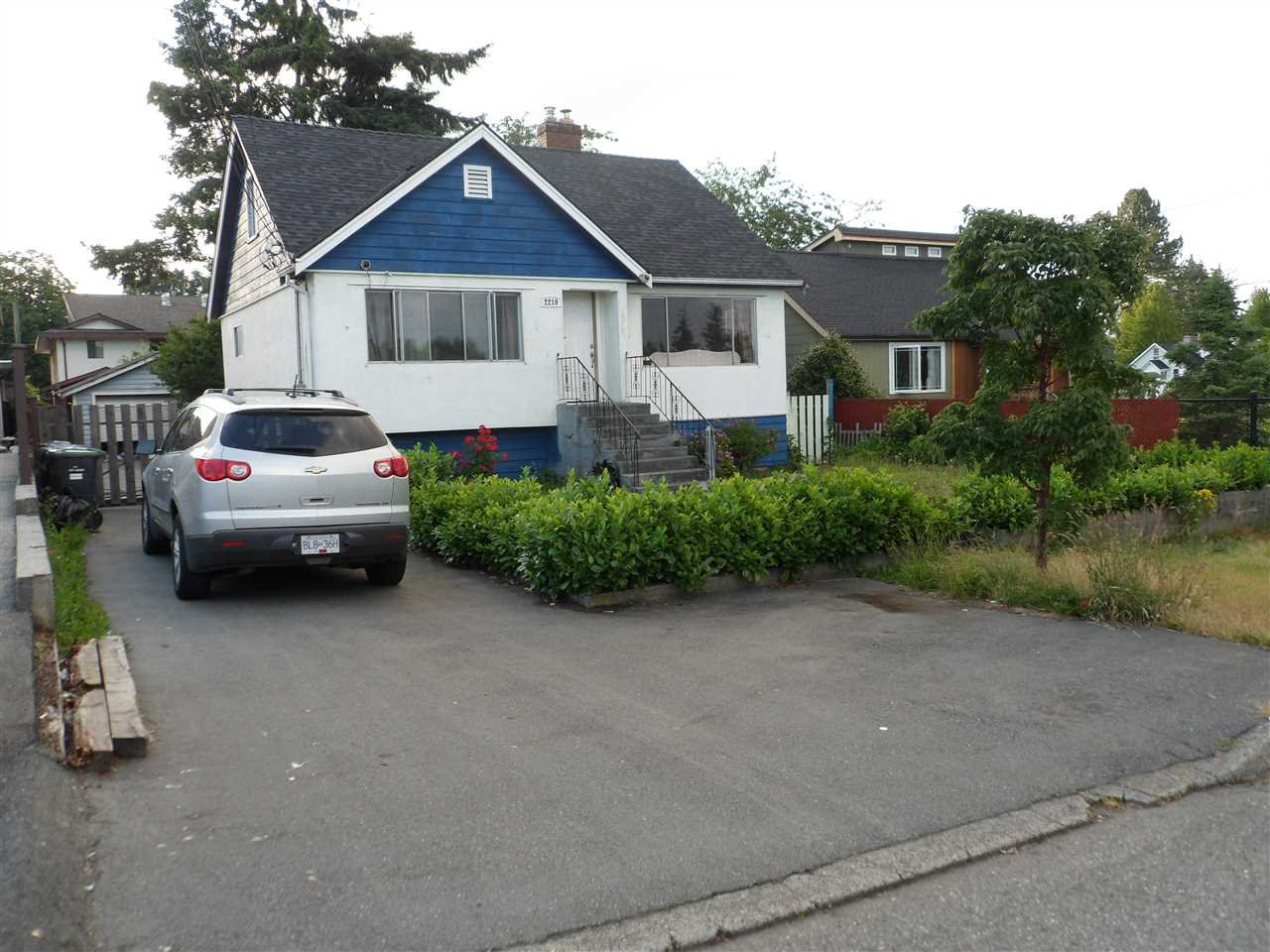 Main Photo: 2219 DUBLIN STREET in New Westminster: Connaught Heights House for sale : MLS®# R2078263