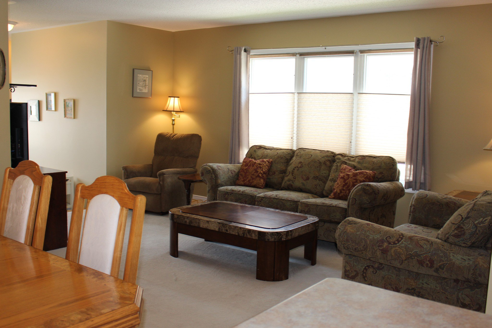Photo 5: Photos: 831 Leslie Street in Cobourg: Residential Attached for sale : MLS®# 138391