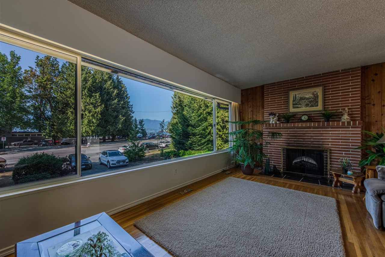 Main Photo: 4422 NW MARINE Drive in Vancouver: Point Grey House for sale (Vancouver West)  : MLS®# R2407213