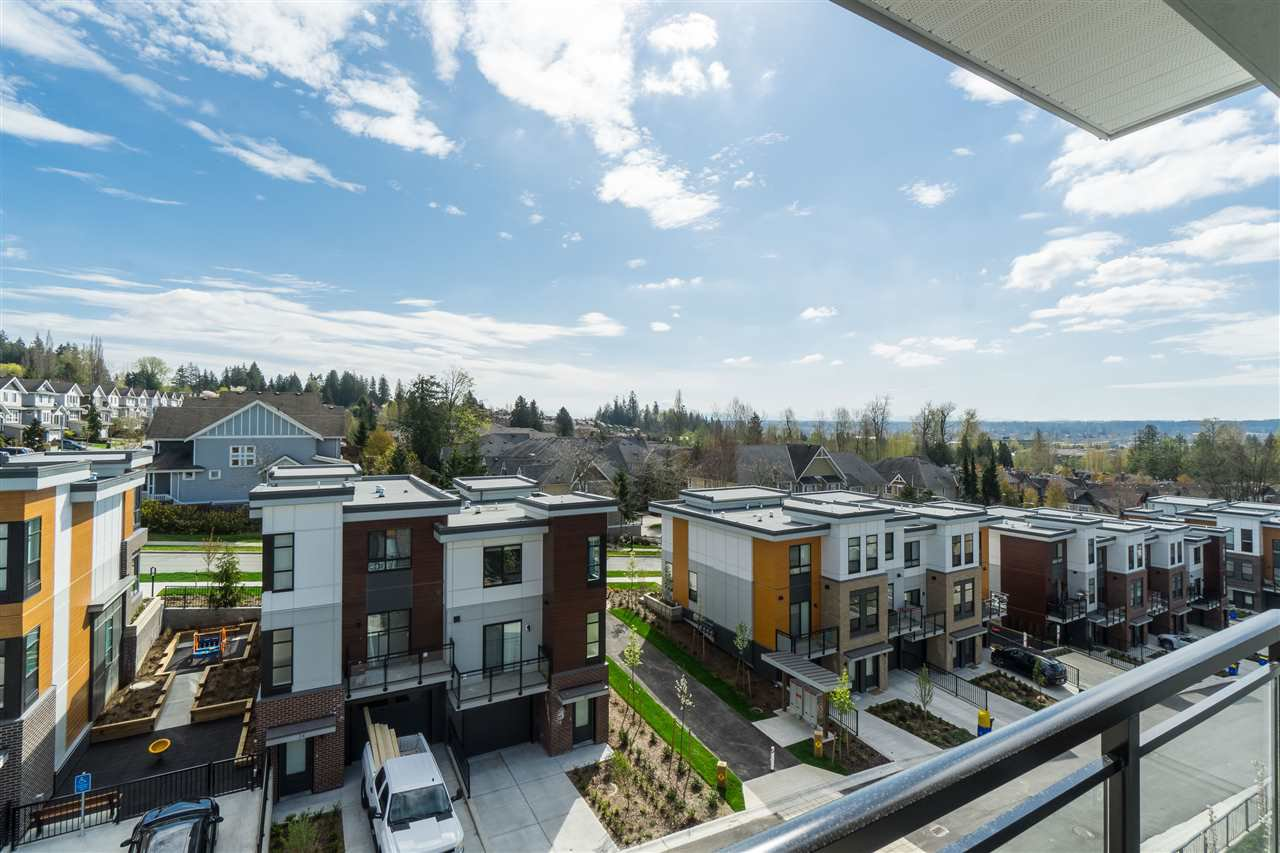 "Main Photo: 302B 20087 68 Avenue in Langley: Willoughby Heights Condo for sale in ""PARK HILL"" : MLS®# R2450873"