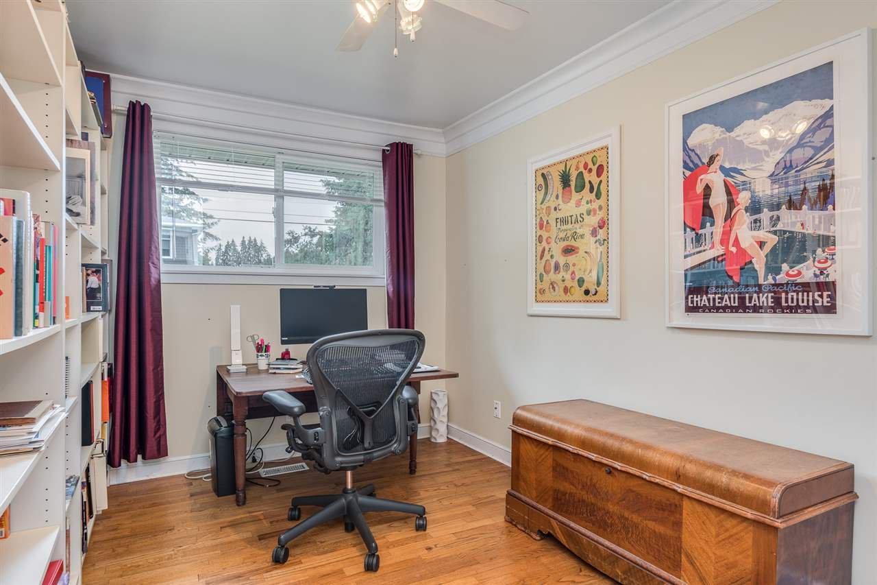 Photo 13: Photos: 3816 HAMILTON Street in Port Coquitlam: Lincoln Park PQ House for sale : MLS®# R2489970