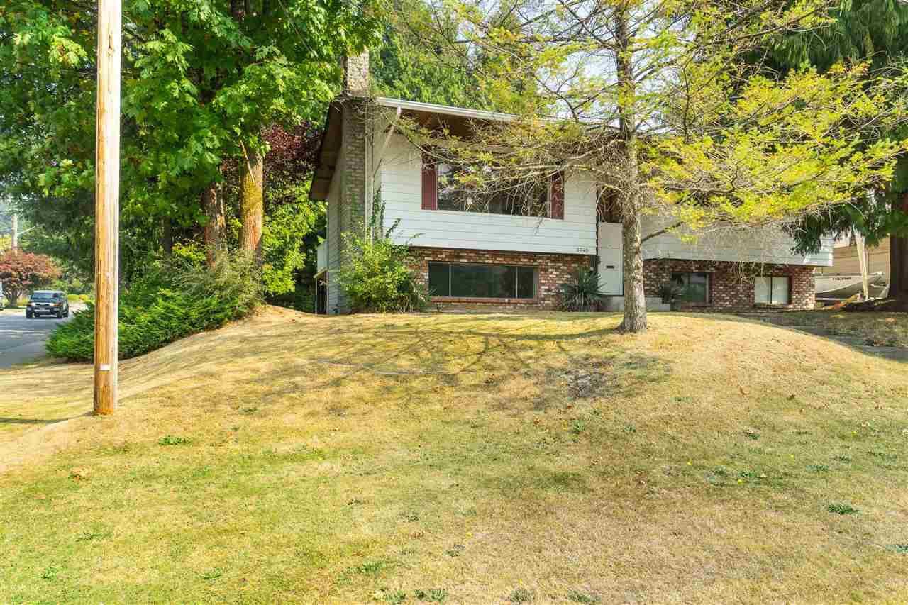 Main Photo: 6740 KENT Crescent in Delta: Sunshine Hills Woods House for sale (N. Delta)  : MLS®# R2497610