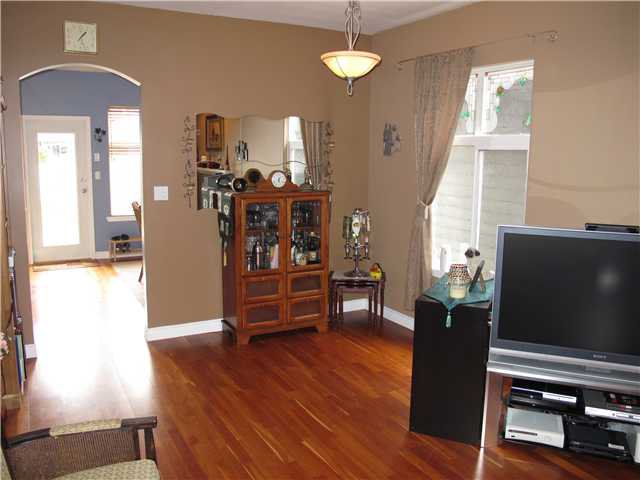 Photo 3: Photos: 158 PHILLIPS Street in New Westminster: Queensborough House for sale : MLS®# V998803