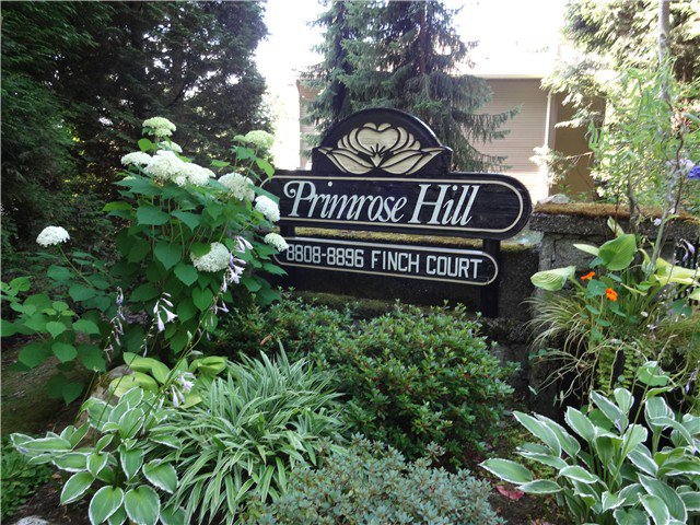 "Main Photo: 8840 FINCH Court in Burnaby: Forest Hills BN Townhouse for sale in ""PRIMROSE HILL"" (Burnaby North)  : MLS®# V1075894"