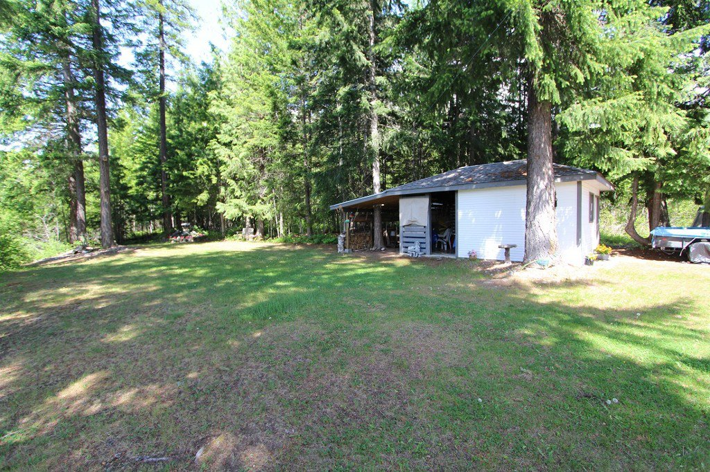 Photo 33: Photos: 6095 Squilax Anglemomt Road in Magna Bay: North Shuswap House with Acreage for sale (Shuswap)