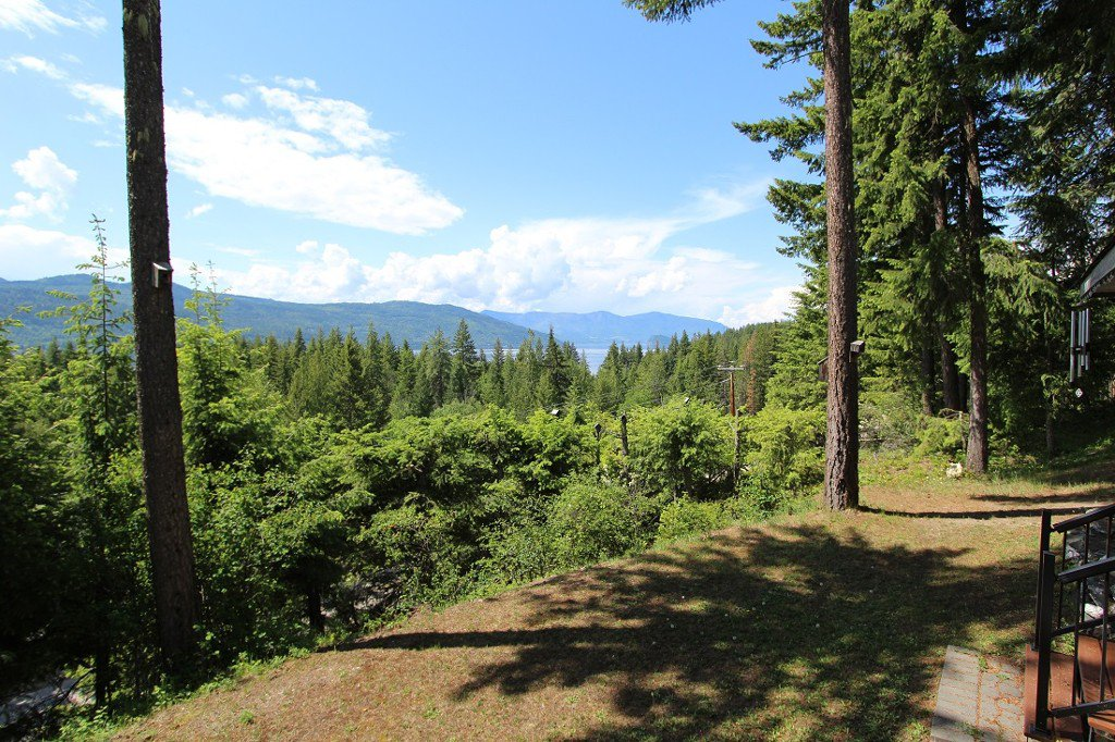 Photo 29: Photos: 6095 Squilax Anglemomt Road in Magna Bay: North Shuswap House with Acreage for sale (Shuswap)