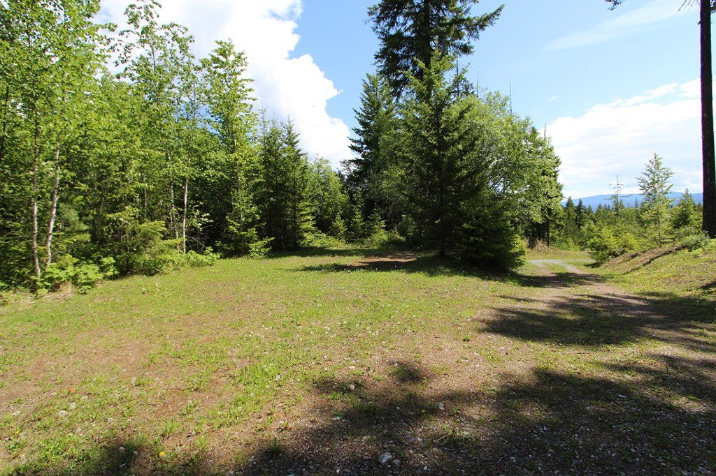Photo 37: Photos: 6095 Squilax Anglemomt Road in Magna Bay: North Shuswap House with Acreage for sale (Shuswap)