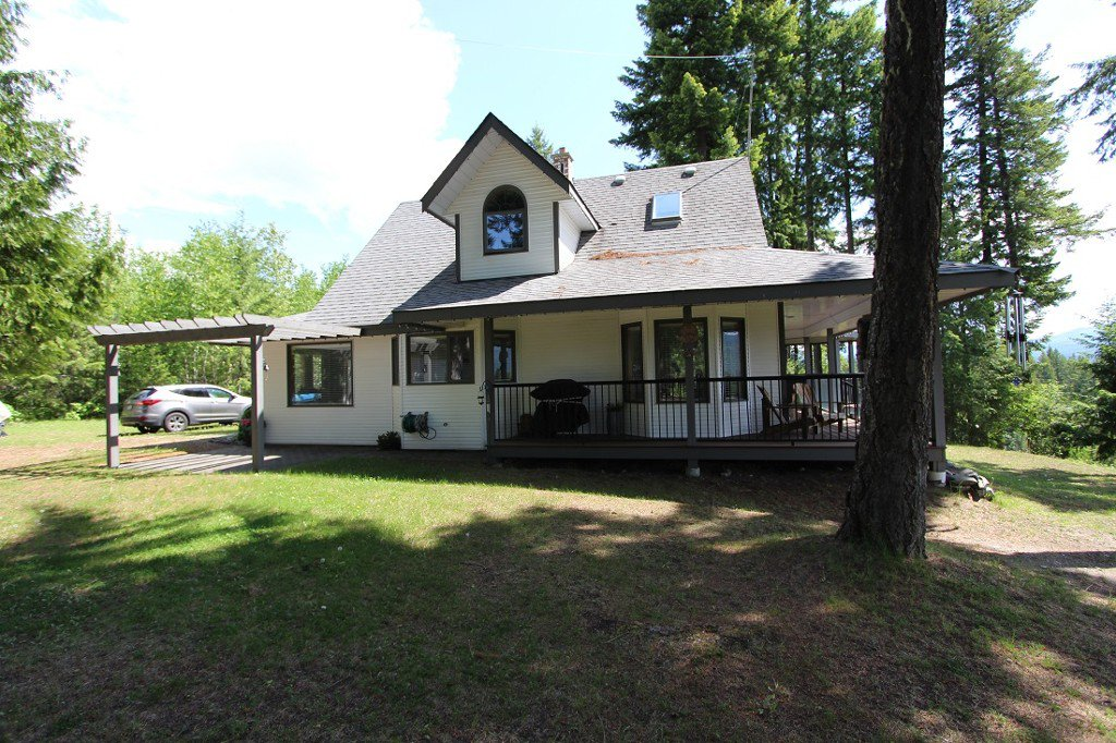 Photo 2: Photos: 6095 Squilax Anglemomt Road in Magna Bay: North Shuswap House with Acreage for sale (Shuswap)