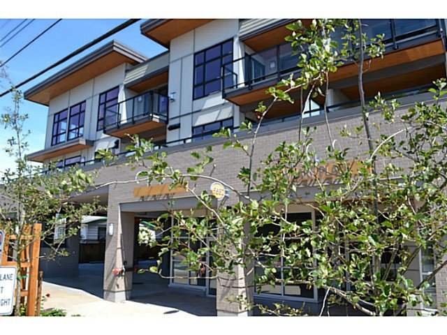 Main Photo: # 310 5682 WHARF AV in Sechelt: Sechelt District Condo for sale (Sunshine Coast)  : MLS®# V1082038