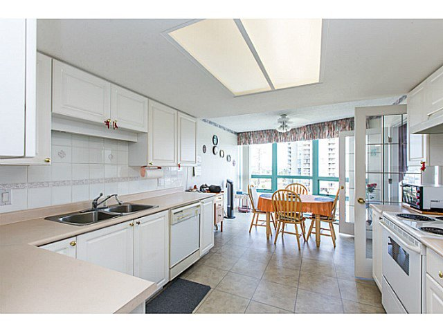 Photo 7: Photos: # 905 728 PRINCESS ST in New Westminster: Uptown NW Condo for sale : MLS®# V1138566