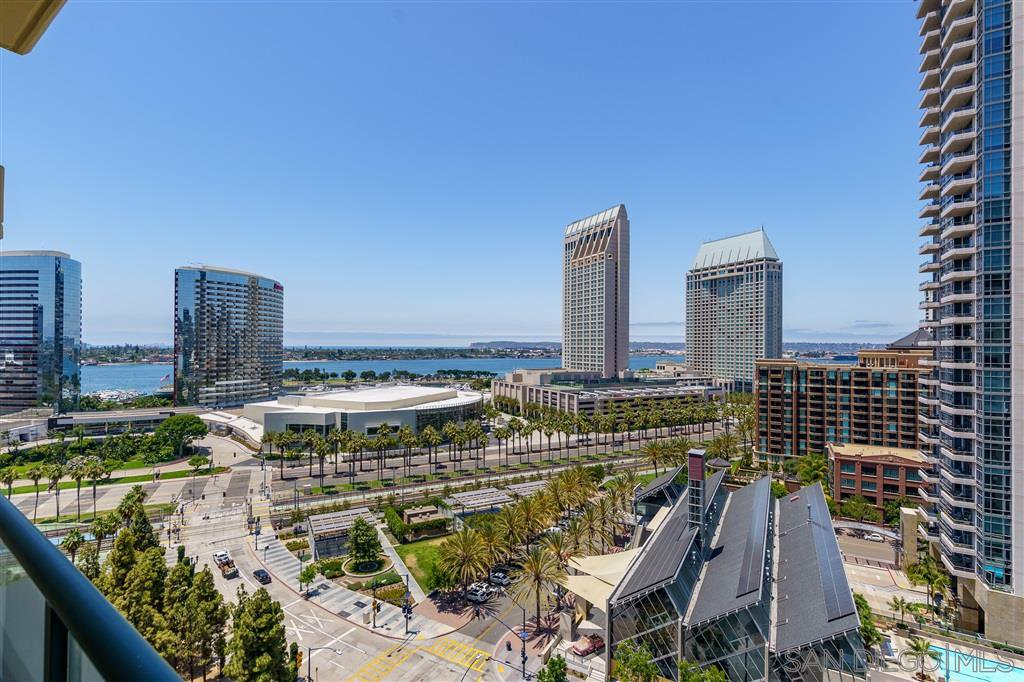 Main Photo: DOWNTOWN Condo for sale : 2 bedrooms : 510 1st Ave #1505 in San Diego
