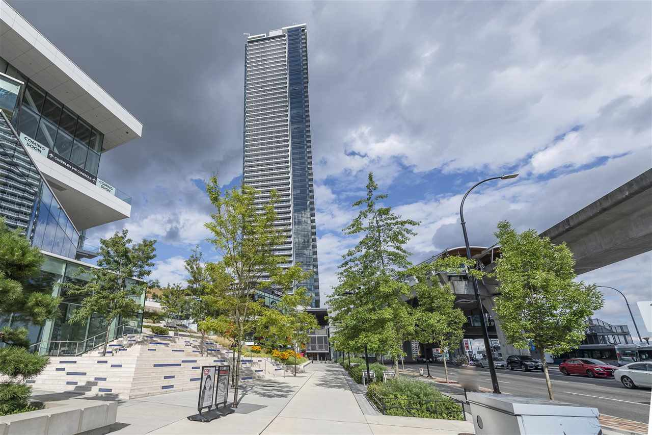 "Main Photo: 1708 1955 ALPHA Way in Burnaby: Brentwood Park Condo for sale in ""AMAZING BRENTWOOD TOWER"" (Burnaby North)  : MLS®# R2500310"