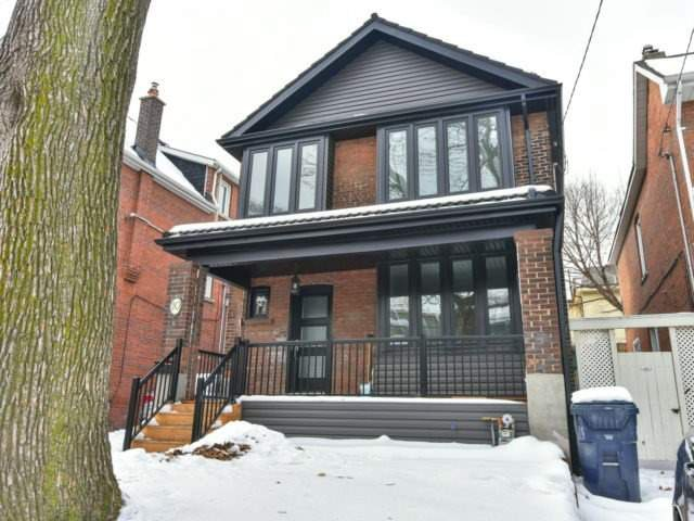 Main Photo: 10 Eaton Ave in Toronto: Danforth Village-East York Freehold for sale (Toronto E03)  : MLS®# E3683348
